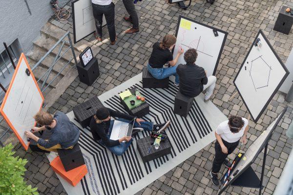 Einsatzgebiete im Innen- und Außenbereich für mobile Arbeitsplätze und Arbeitsgruppen