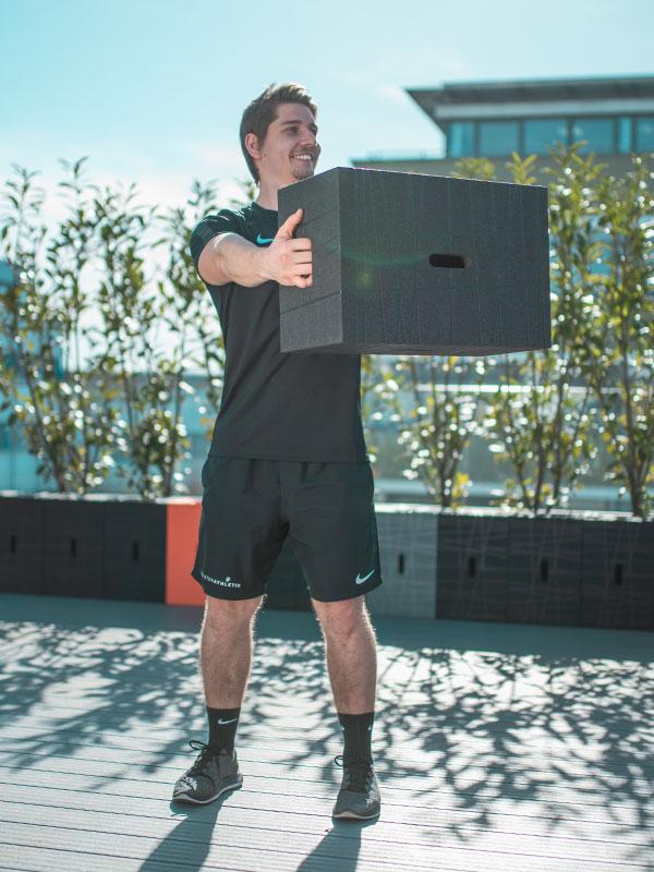Meisterathletik stellt das Fitnesstraining mit dem Xbrick vor